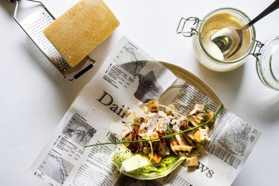 Foto caesar salade|Ceasar Salade met hoevekip