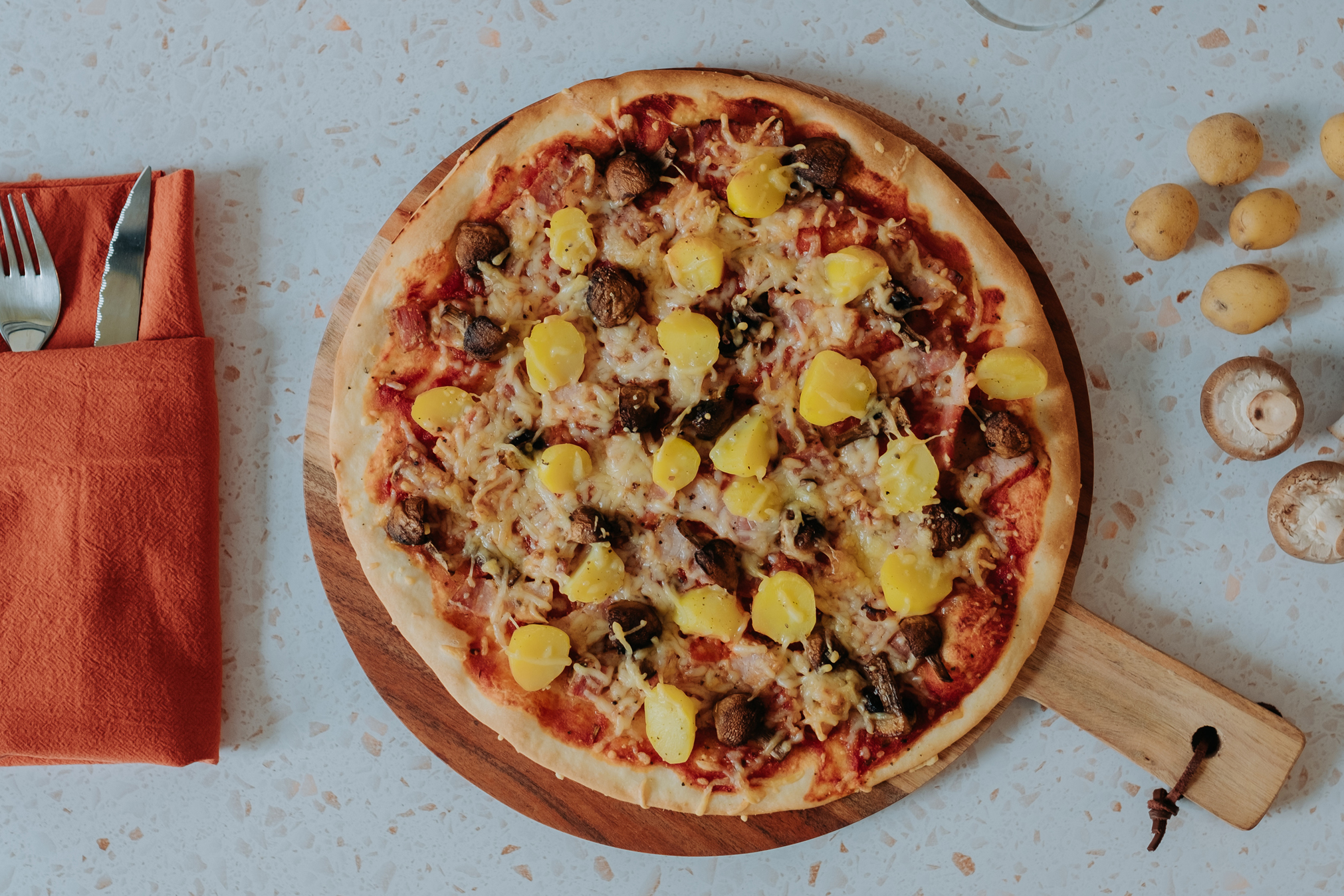 foto pizza breydelspek aardappel
